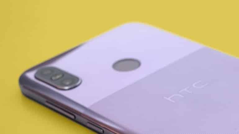 Bir katlanan telefon da HTC'den