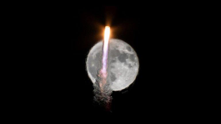 Bir roketin büyüleyen fotoğrafları