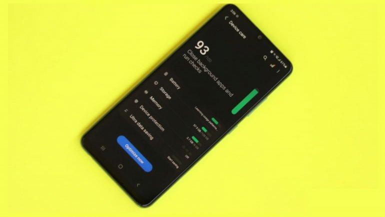 Samsung Galaxy Jump geliyor