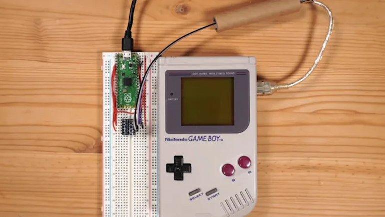 """32 yıllık Game Boy artık """"online"""""""
