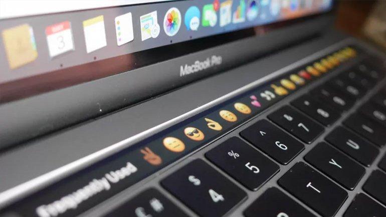 MacBook, Apple'ın yüzünü güldürdü